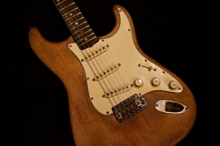 מהאתר www.guitargirlmag.com